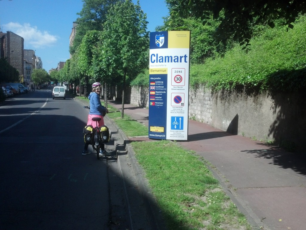 Cycling into Clamart
