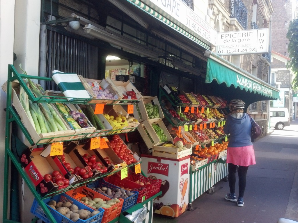 Epicerie in Clamart - the grocery store