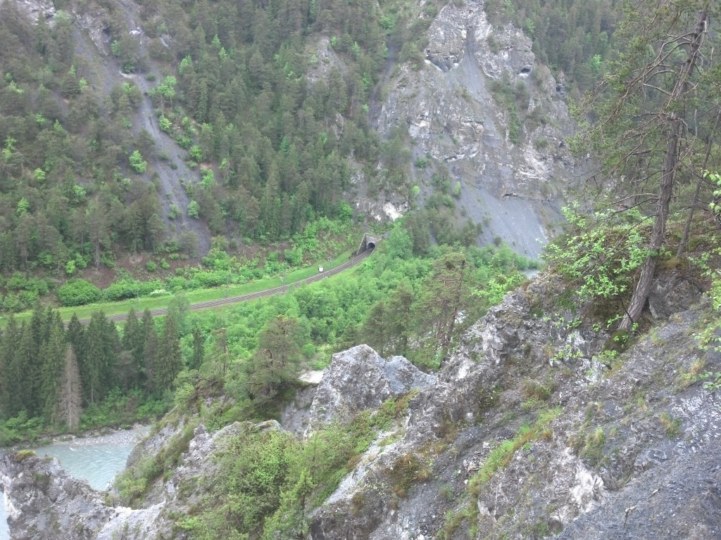 Looking down into the Ruinaulta Canyon