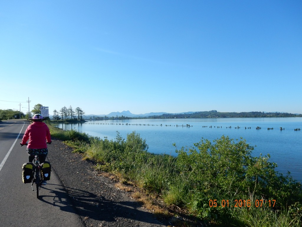 Leaving Astoria, cycling along Young's Bay