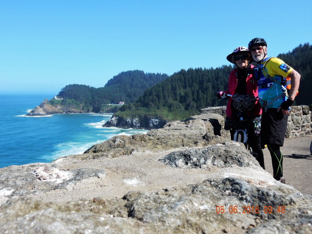 Hecata Head Lighthouse in the background, us in the foreground